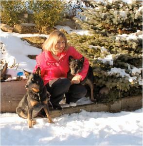 Eva mit Dingo und Silla